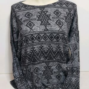 Forever 21 Gray Patterned Sweater